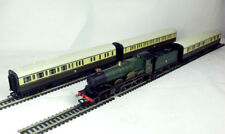 Hornby OO Gauge R2600M Train Pack The Cheltenham Flyer