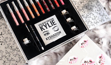 HOT SALE! LIMITED HOLIDAY EDITION Kylie Cosmetics HOLIDAY BOX  Lipstick Palette