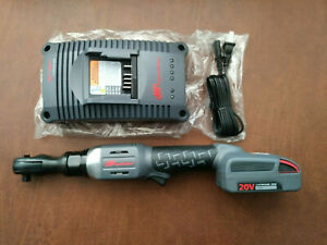 """Ingersoll-Rand R3130 3/8"""" Drive 20V Cordless Ratchet w/BC1121 Charger & Battery"""