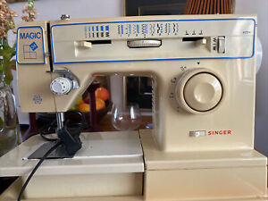 singer magic 34 Italy sewing machine 8234 Vintage 80s Electronic Italy Working