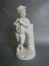 Niderviller statuette (joueur de flûte) en faïence blanche