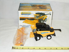 New Holland CR9080 Combine 2009-2010 Farm Show  By Ertl   1/64th Scale