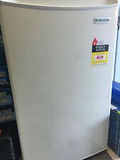 NEW IGLOO 128L MINI  BAR FRIDGE & FREEZER WHITE 500x540x850 (W x D x H, mm)