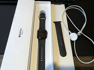 Apple Watch Series 3 38 mm Space Gray - Aluminum Smartwatch ( GPS )