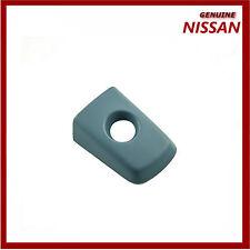 Genuine Nissan Qashqai Navara Pathfinder RH agujero de la manija de puerta exterior. Nueva