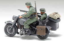 1/48 MILITAIRE WWII MOTO SIDE-CAR BMW R75+SOLDATS ref 32578