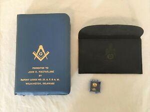 Vintage Masonic Freemason Bible & Rite of 33 Degree lapel pin LOT