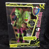 New Monster High Doll 2011 First Wave Release VENUS McFlytrap Original Doll NRFB