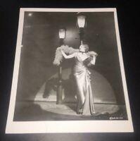 VERY RARE 1974 Barbra Streisand Funny Lady w/ Studio Promo Stamp Photo 8x10