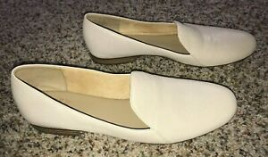 NEW Naturalizer Emiline women's beige leather slip-on flats 10 N US, 40 EUR