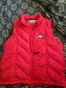 tommy hilfiger vest size large