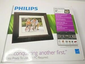"Philips Home Essential 8"" Digital Photo Frame"