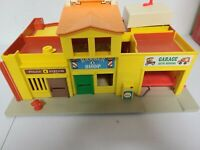 1973 Fisher Price Vintage Little People PLAY FAMILY VILLAGE Main Street BOTH PCS