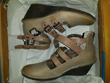 $140 NEW Womens 6.5M EUR 37 OTBT Mary Jane Biker Wedge Sandals Pecan