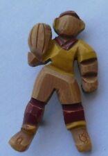 broche bijou vintage bois peint à la main foot ball amèricain original * 4179