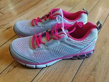 NEW womens REEBOK Pink/ Grey jet dashride running athetic shoes size 8