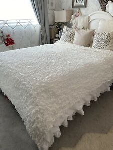 White Beautiful Soft Ruffle Large Bed Throw Lightweight Bedspread Shabby Chic