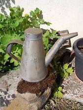 Ancien bidon d'huile sncf pour le remplissage des lampes , industriel loft déco