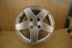 (777573D) Peugeot 207 Wheel alloy fits tyre 185 65 15