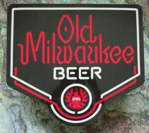 Old Milwaukee Beer Light Up Sign Original Wall Hanging Lighted Bar Pub Neo-Neon