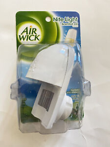 Air Wick Nite NIGHT LIGHT Scented Oil Warmer, SEALED. BRAND NEW - PACK OF 1
