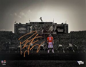 Denver Broncos Peyton Manning Signed 11x14 Photo Fanatics Hologram