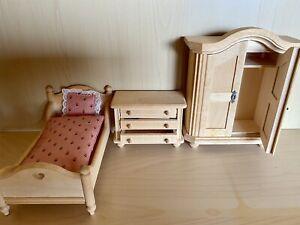 Bodo Hennig - Möbel Schlafzimmer + Toilette mit Wasserkasten - ohne OVP