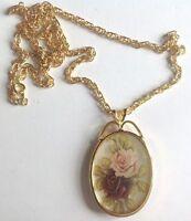 pendentif collier vintage année 1970 couleur or rose en couleur style camée 5284