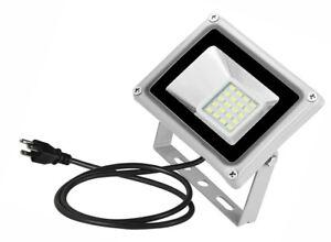 20W 120VAC LED Floodlight Outdoor Yard Flood Light Cool White Lamp Plug-In IP65