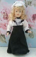 BAMBOLA di porcellana Signora Chic bambole Tube moda caricamento negozietto 15 cm