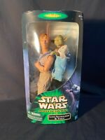 "2001 Hasbro Star Wars Star Wars Power of the Jedi Luke Skywalker Yoda 12"" Figure"