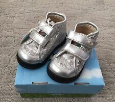 NEW Falcotto Naturino Infant TODDLER SHOES Silver Sequence Euro 18 USA 2.5