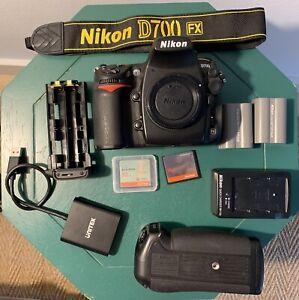Nikon D700 12,1 MP DSLR Camera
