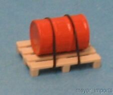 Orange Barrel on Pallet - G Scale- 101-0046