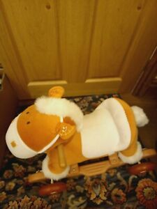 Rocker Music And Sounds Baby Rocking Horse 2 in 1 ride on 21 x 17 inches age 3+