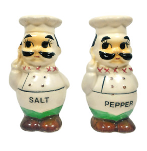 Chefs Salt and Pepper Shaker Set Made in Taiwan