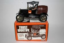 ERTL TRUST WORTHY HARDWARE 1918 FORD BARREL TRUCK BANK LIMITED EDITION