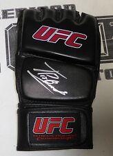 Thiago Alves Signed UFC Glove PSA/DNA COA Autograph 183 138 124 100 90 85 78 66