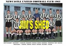 NEWCASTLE UNITED F.C.TEAM PRINT 1963 ( ILEY / McGRATH / PENMAN / HILLEY )