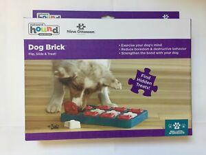 Nina Ottosson - Dog Brick Game Toy