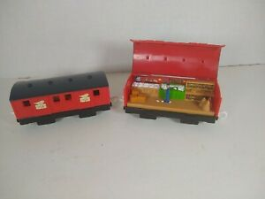 Thomas & Friends Mail Cars See Inside Trackmaster Red Mattel 2010 RARE!