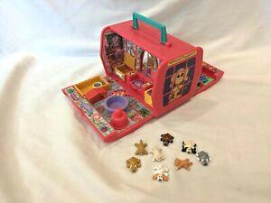 Vtg 1995 GALOOB Pound Puppies Pet Beauty Salon Pet Carrier Playset 8 Dogs & Cats