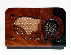 Old Antique Wood Airline Vintage Tube Radio- Restored Working Art Deco Table Top