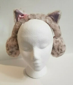 Earmuffs from Claire's With Kitty or Unicorn Ears NWT