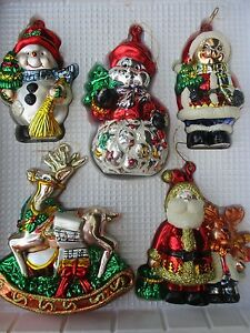 HOLIDAY HOME 5 ASSORTED GLASS CHRISTMAS ORNAMENTS - NEW WITH BOX
