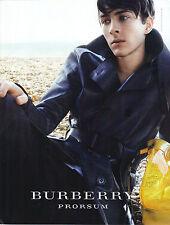 PUBLICITE  2011   BURBERRY PROSUM  pret à porter