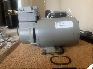 Thomas LGH-210 Oilless Air Compressor