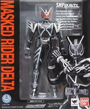 Bandai S.H.Figuarts Masked Kamen Rider 555 Delta action figure Faiz