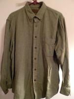 Mens St John's Bay Size L Cotton Long Sleeve Flannel Green Plaid Button Shirt