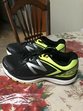 New Pair Of Men's New Balance Size 10 2E (WIDE) Stability  Running Shoes.